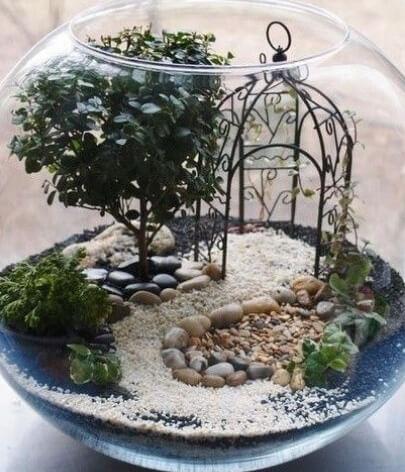 Mini-ogród w szklanej kuli