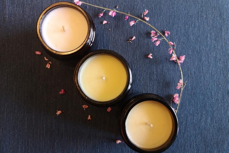 Świeczki sojowe z dodatkiem olejków eterycznych