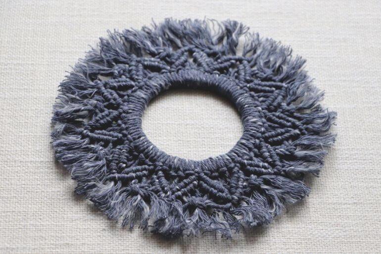 Wianek z makramy - niebieski melanż
